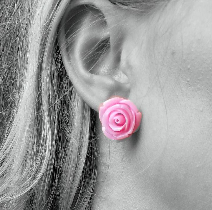 Baby Pink Rose Stud Earrings - MintJulepLane