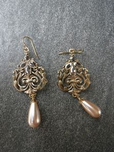 Champagne Elegant Earrings
