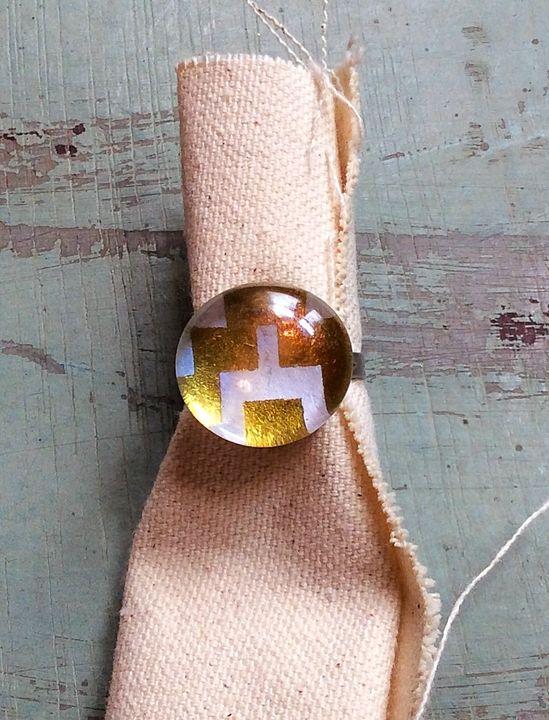 Glass Fashion Ring - MintJulepLane