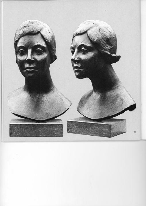 Maria - Bronze and Resin - life size - Elisabeth van Duffelen