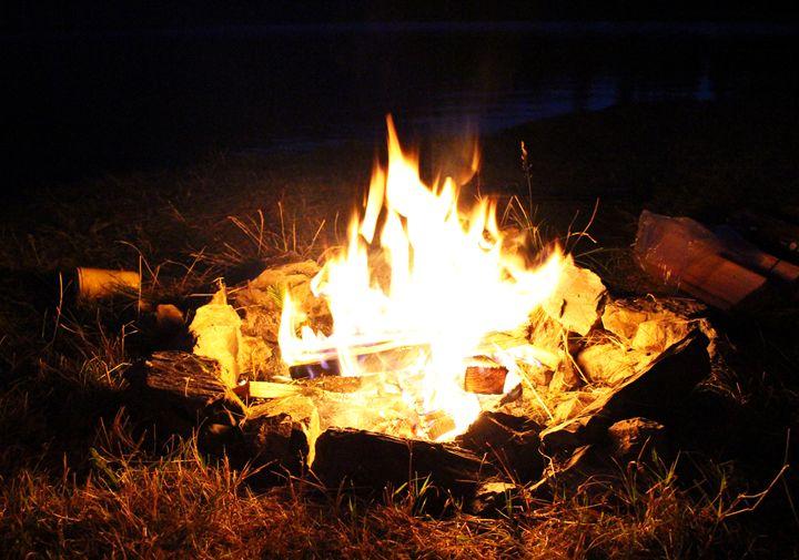 Campfire -  Stringer.julieanne