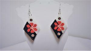 Beaded Diamond Shape Flower Earrings