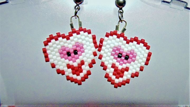 Smiley Face Heart Earring's - Designs By SEA