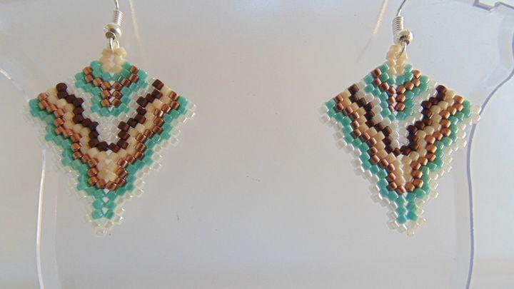 Peyote Stitch Fan Earrings - Designs By SEA