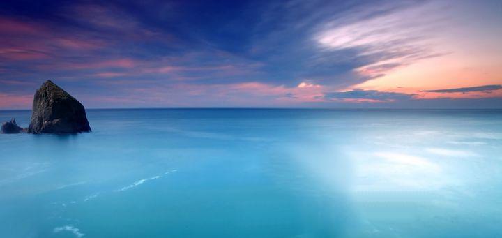 Morning by the ocean sea - Souvenir