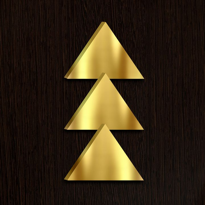 The magic of golden figures. - Souvenir