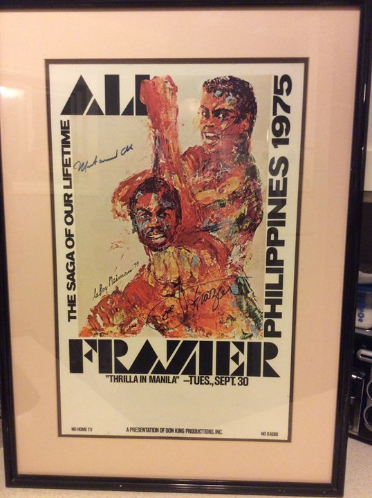Ali va Frazier 3 Fight poster signed - Butchies Be¥ond Normal