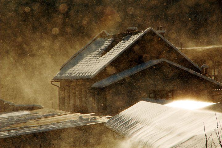 Snowstorm in the magic hour - Brut Carniollus Digital Art