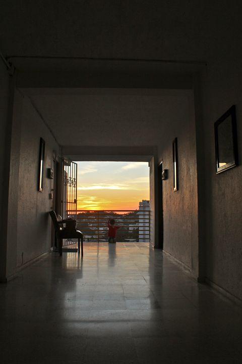 Boy at sunset - Eréndira Hernández