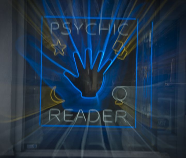 Psychic Time Travel - Capturing Life