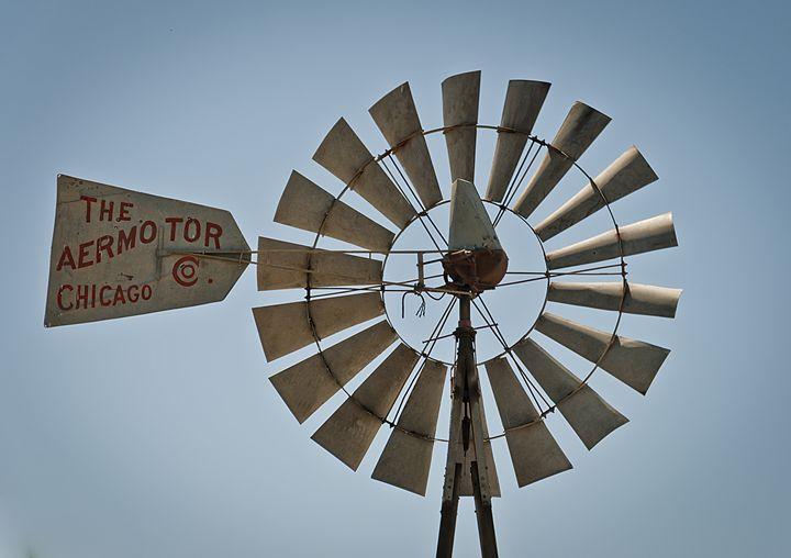 Windmill - Capturing Life