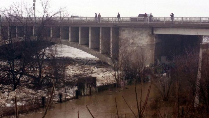 Brantford Ontario Lorne Bridge - Dara Vucetic