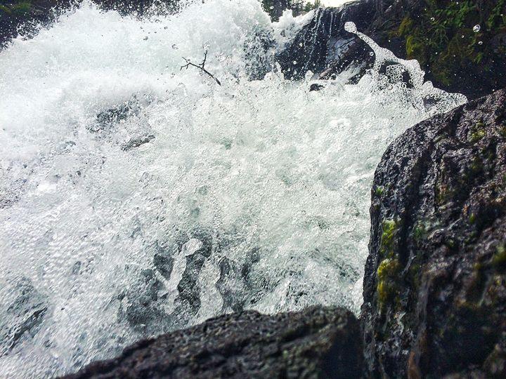 Ice River - Quinn Pastura