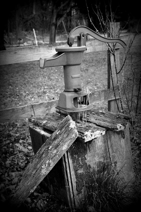 Old Water Pump B&W - Rusty's Photography Art