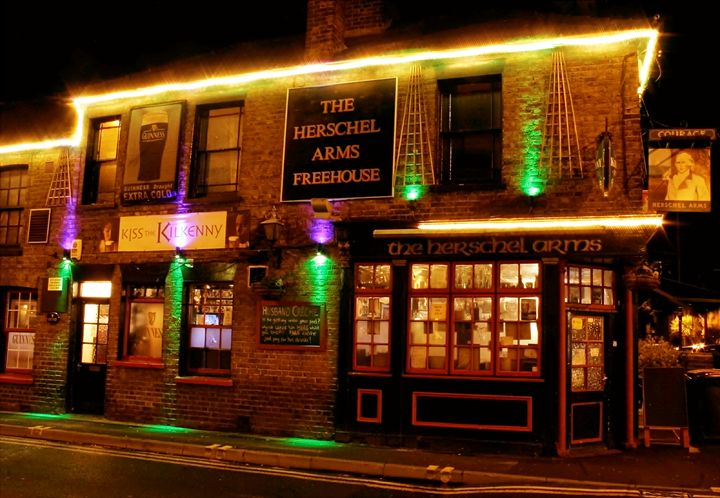 THE HERSCHEL ARMS - GR PICTURES