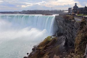 Niagara Falls and Welcome Centre