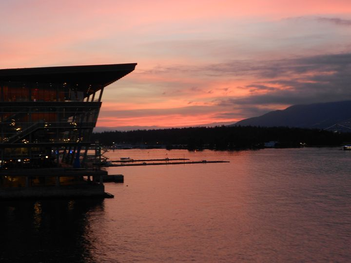 Vancouver Sunset - Lolo