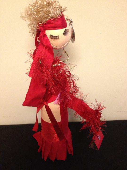 Lady in Red II - Maude Folks