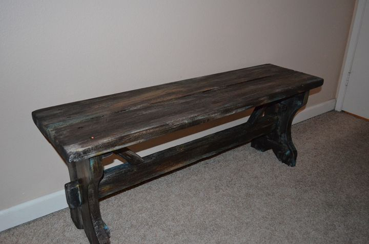 bench - DeLeon