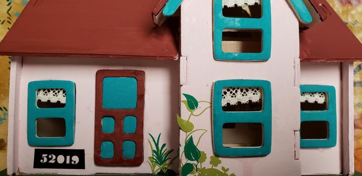 Doll House - DeBey DeSigns