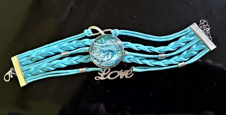 Blue Love - The Pour Ladies