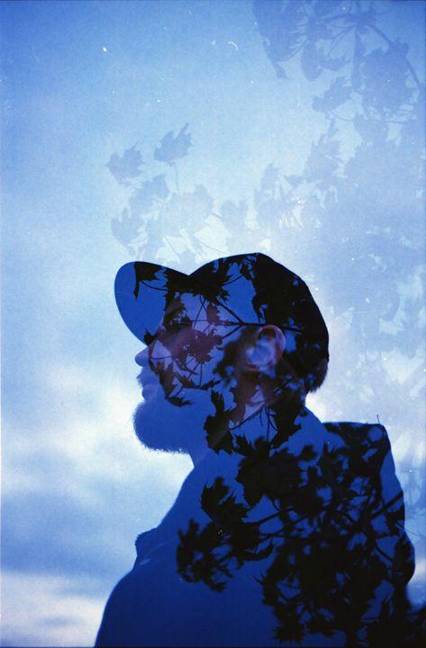 a Man of Flowers - iHateFabian