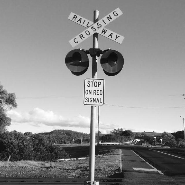 Railway crossing - Erin