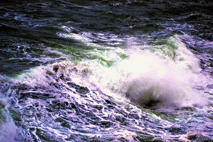 Waves 1 - Toni Sanders