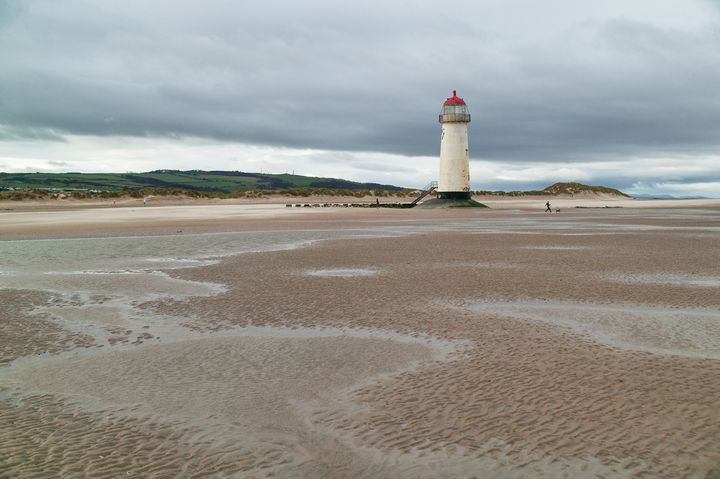 Point of Arye Lighthouse - Ian Kydd Miller