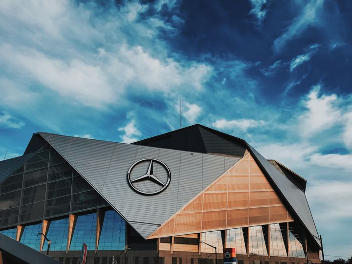 Mercedes Benz Stadium - Serrotnere