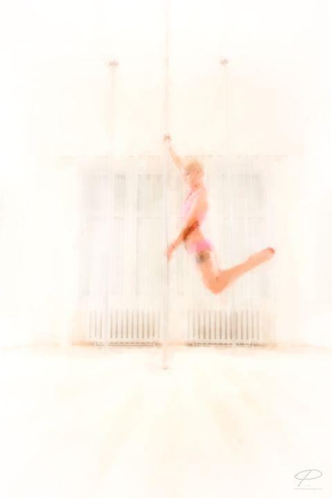 Poledance6 - Istvan P. Szabo
