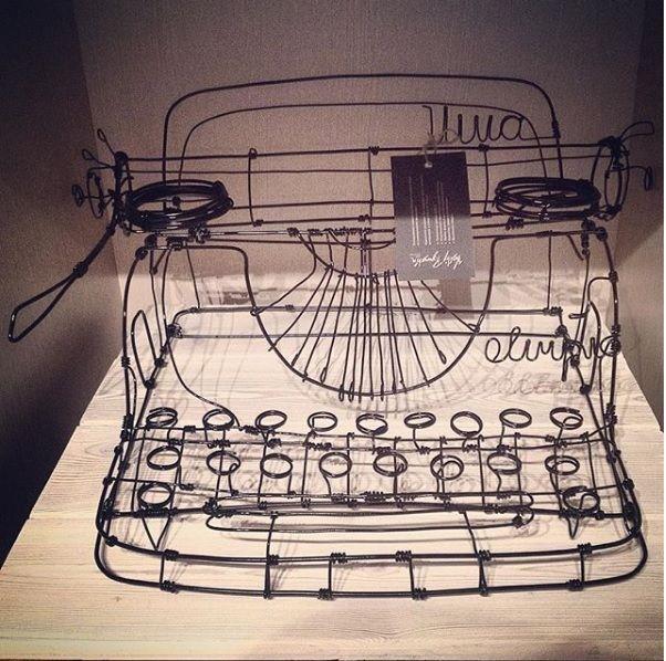 Vintage wire sculpture - Typewriter - PK