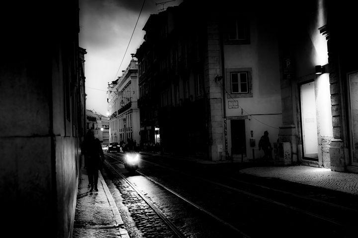 Walking Lisbon - Christopher Maxum Photography