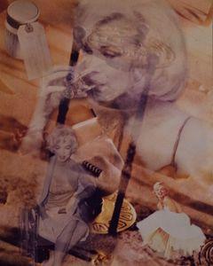 Marilyn Monroe Fall