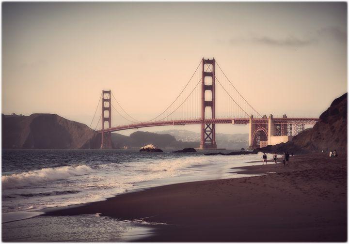 Golden Gate Bridge - Edward Maesen