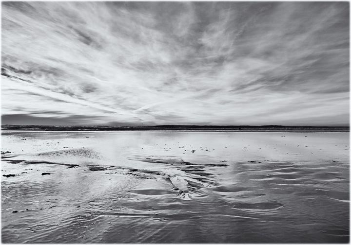 Sunset on ocean beach - Edward Maesen
