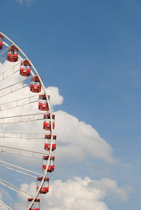 Ferris Wheel By The Pier - Bex Plus