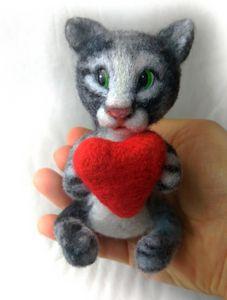Kitty toy felting handmade