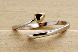 open ring heart