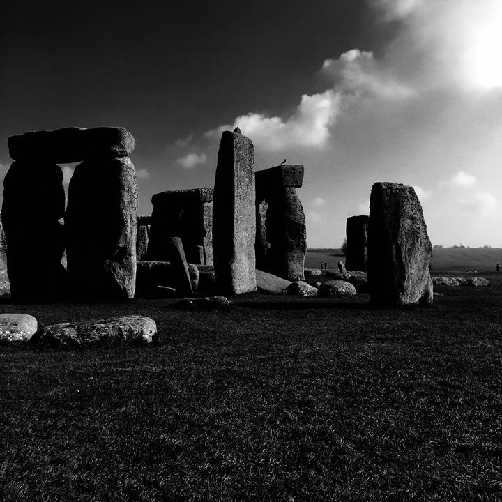 Stonehenge(2) - Matthew Gordon