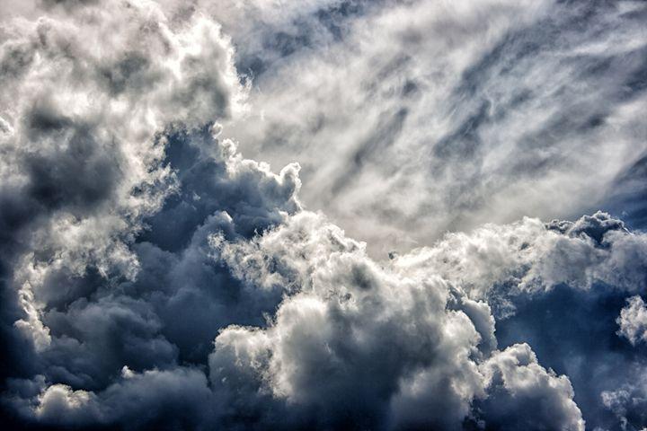 dark dense dramatic thundercloud on - Radomir