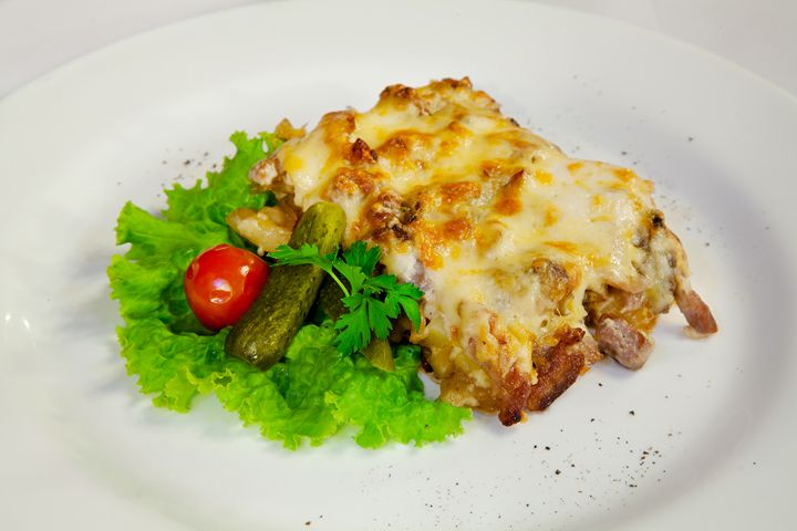 meat casserole with tomatoes and cuc - Radomir