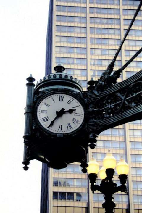 Vintage Clock in Chicago - Jerry A. Puckett