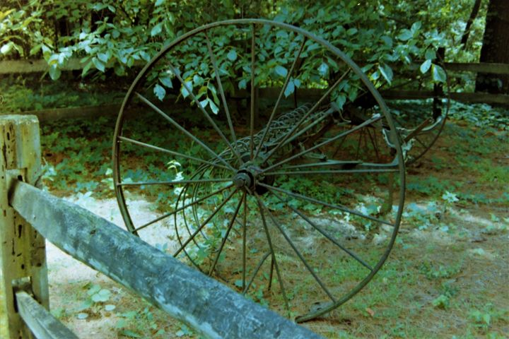 Wheels of Yesteryear - Jerry A. Puckett