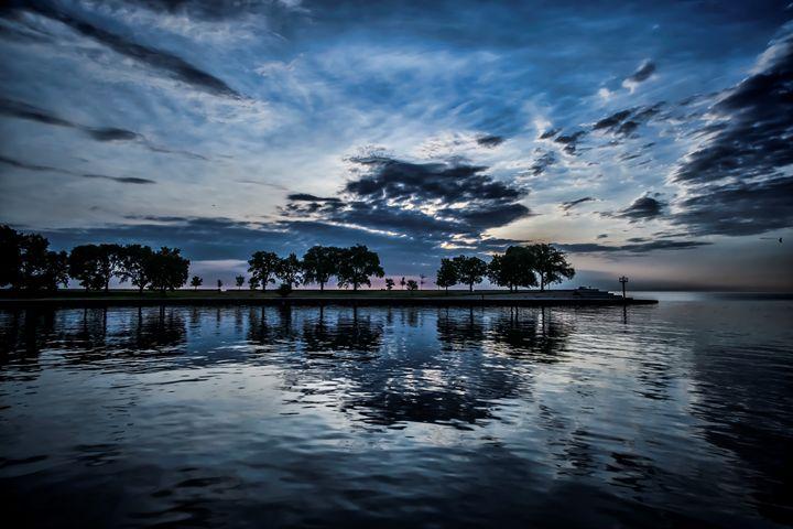 Chicago park on the lake scene - Sven Brogren Photography