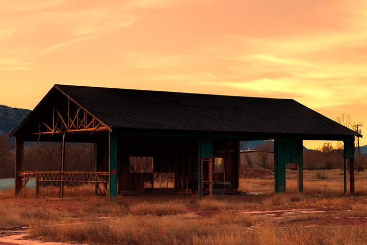 Abandoned Shack - Mike Sinko Photography