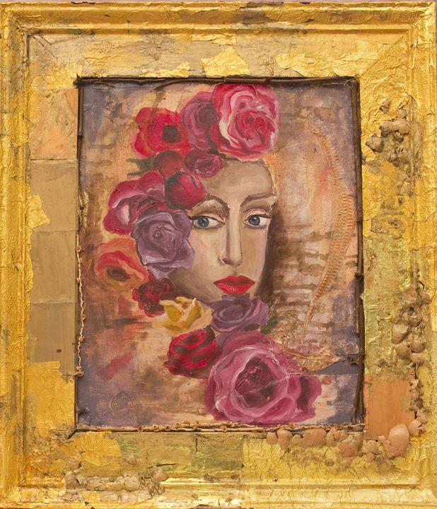Lady in roses - WildFlower Studio