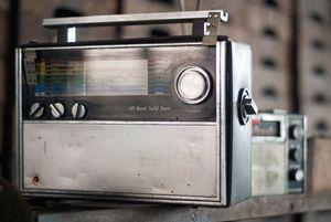 Vintage Solid State Radio