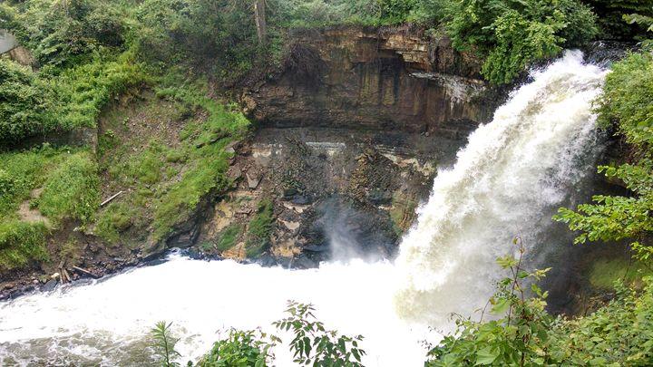 Minnehaha Falls - Xcentrix