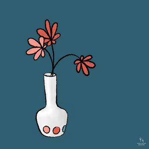 daisy vase - ArrowPuppyArt/Sara Frane